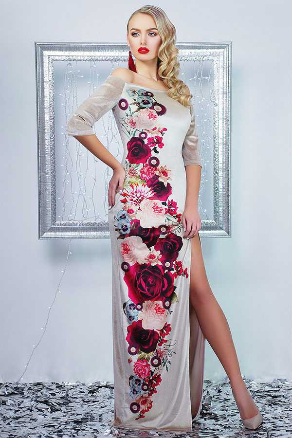 Вечернее платье с крупным цветочным принтом