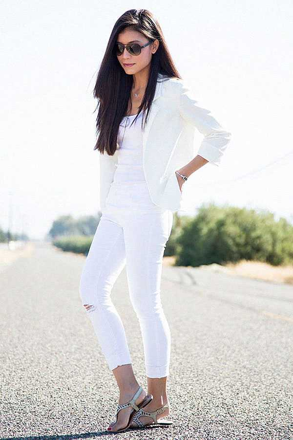 С чем носить белые джинсы: фото 8