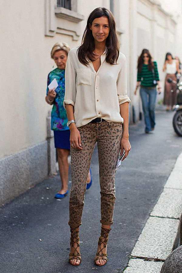 Образы в брюках с принтом: фото 3