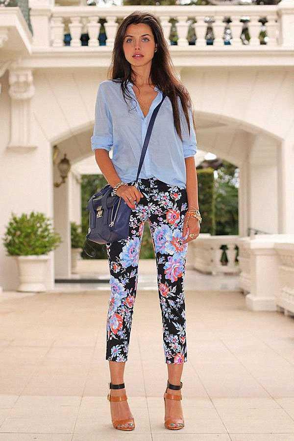 Образы в брюках с принтом: фото 4