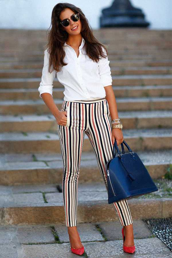 Образы в брюках с принтом: фото 5