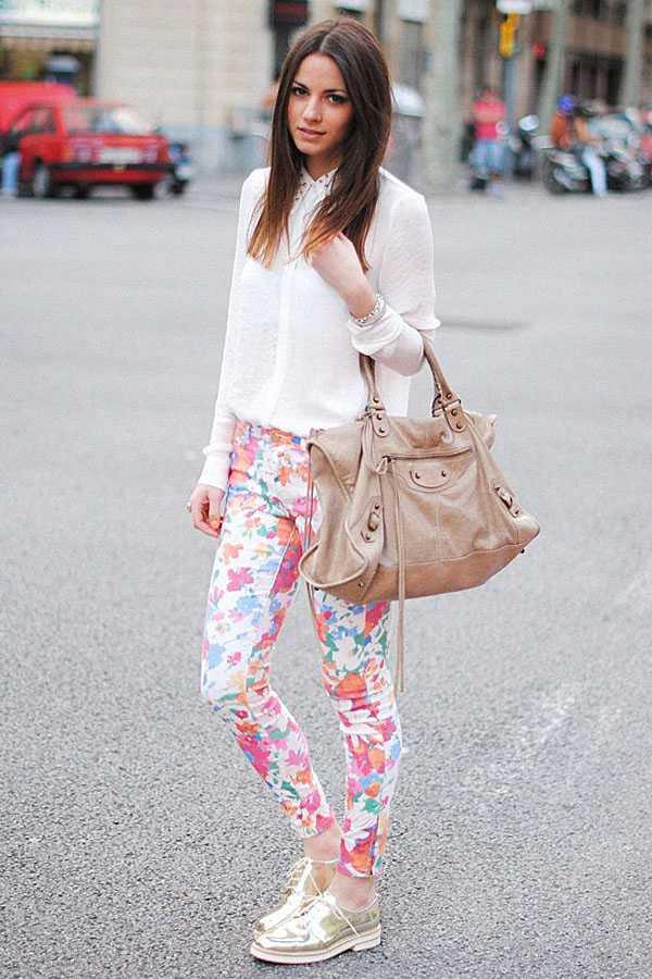 Образы в брюках с принтом: фото 8